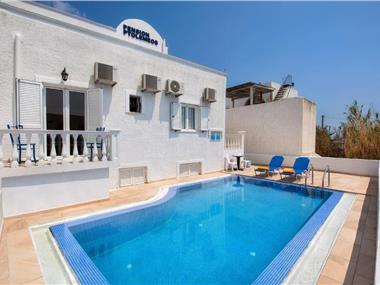 Ptolemeos Pension, hotels in Fira