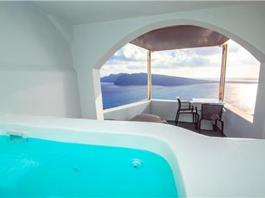 Theodora Suites, hotels in Oia