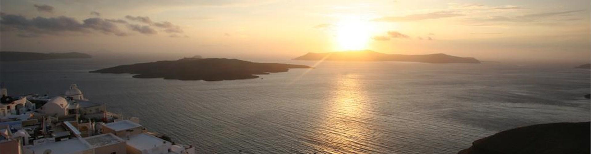 Santorini low-budget - Is it possible?