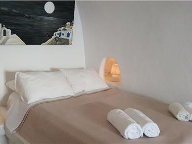 Gemini Caves, hotels in Oia