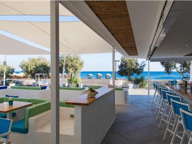 Glykeria Mini Suites, hotels in Perivolos