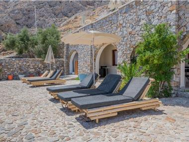 Epavlis Hotel & Spa, hotels in Kamari