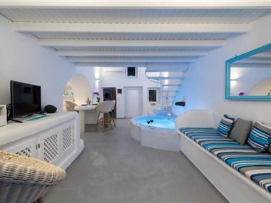 Fira White Residence, hotels in Fira