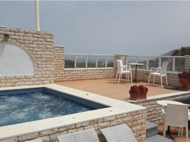 Villa Roussa, hotels in Fira
