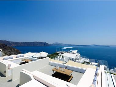 Enalion White Suites Oia, hotels in Oia