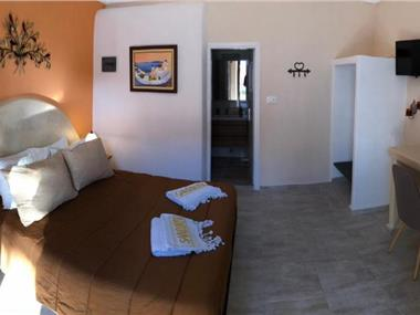 Pansion Zaharoula, hotels in Fira