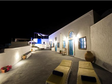 Simantiri Private Villa, hotels in Megalochori