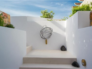 Akrotiri Villa Sleeps 10 Pool Air Con WiFi, hotels in Akrotiri