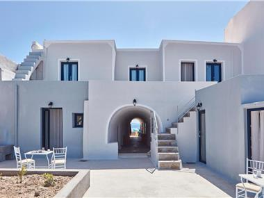 La Maltese Oia Luxury Suites, hotels in Oia