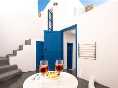 Blue Orchid Cycladic House, hotels in Emporio