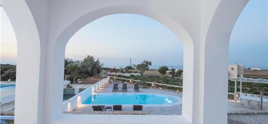 Photo of Exquisite Private Pool Villa 6 Prs @ Santorini