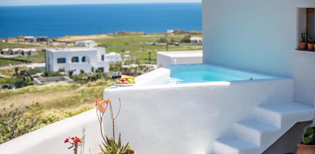 Photo of Evita Guesthouse,Heated Jacuzzi,Sea View