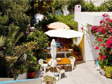 Villa Stella, hotels in Fira