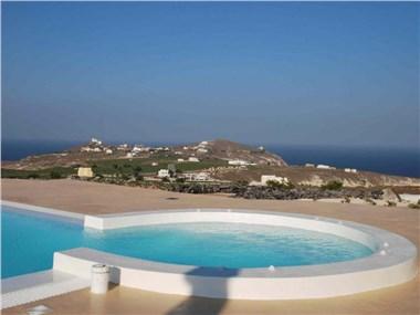 Kapparies Villa Sleeps 12 Pool Air Con WiFi, hotels in Akrotiri