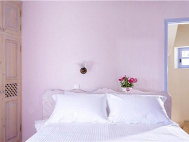 Pori Villa Sleeps 6 Pool Air Con WiFi, hotels in Vourvoulos