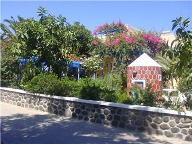 Hotel Avra, hotels in Kamari