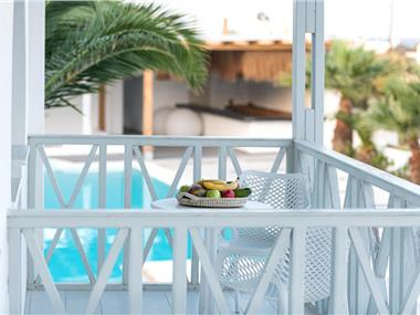 Mediterranean White, hotels in Kamari