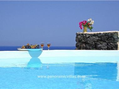 Pori Villa Sleeps 5 Pool Air Con WiFi, hotels in Vourvoulos