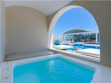 Suites Blue, hotels in Fira