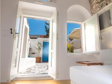 Tritiani Traditional Home, hotels in Messaria