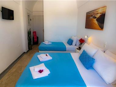 Join Us Low Cost Rooms, hotels in Kamari