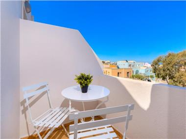 Alexander's Great View, hotels in Fira