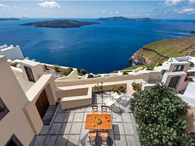 Aeon Villa, hotels in Fira