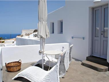 Naftilos Houses, hotels in Oia