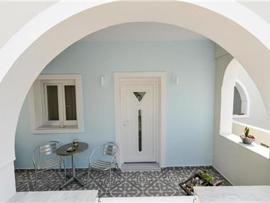 Asterolithos, hotels in Fira