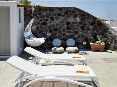 Mellow Luxury Cave, hotels in Finikia