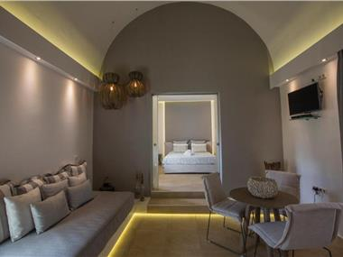 Anassa Deluxe Suites, hotels in Kamari
