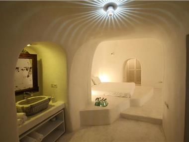 Lydia Cavehouse, hotels in Oia