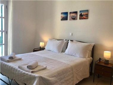 Ampelos Executive Houses, hotels in Pyrgos