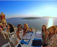 Greek Islands Hopping – Santorini