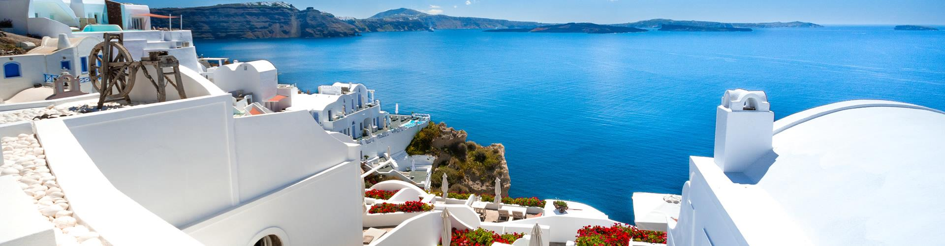 Low-Budget Trip in Santorini? How to Plan an Economical Trip to Santorini
