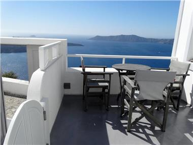 Studio Yposkafo, hotels in Fira