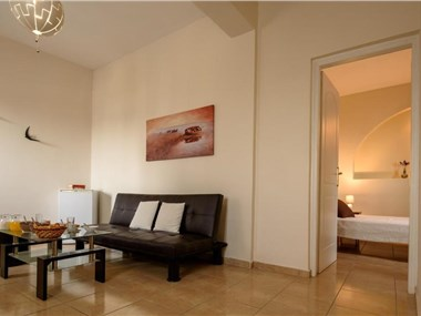 Moonlight Apartments, hotels in Fira