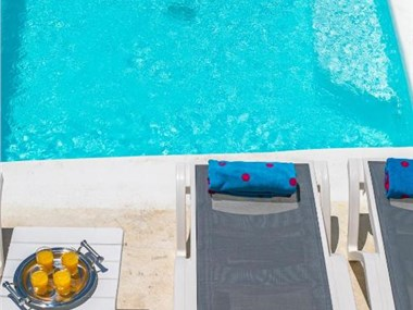 Alexander's Suites, hotels in Oia
