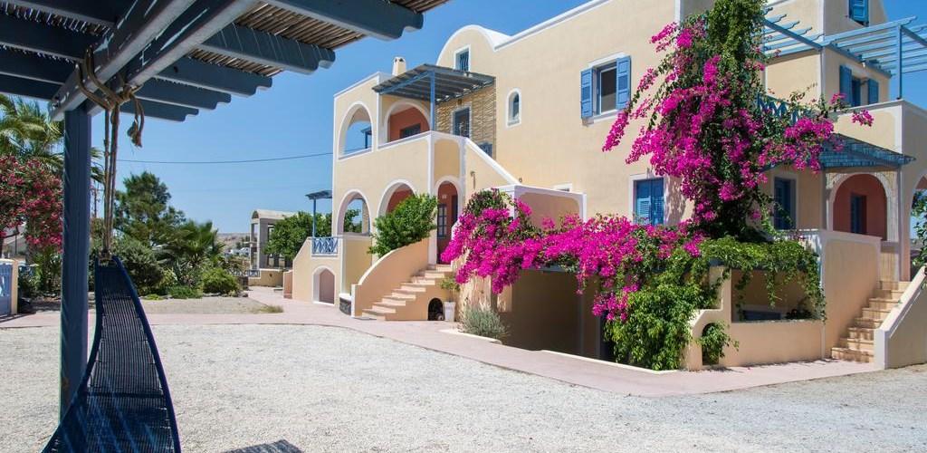 Photo of Asterias Mini Coastal Apartments