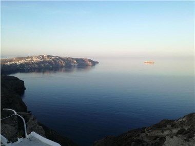 The Cliff Reflections, hotels in Megalochori