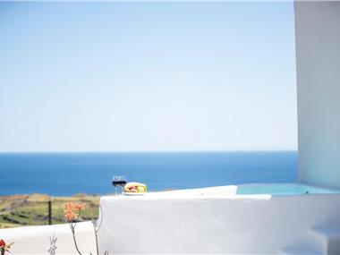 Evita Guesthouse,Heated Jacuzzi,Sea View, hotels in Vourvoulos