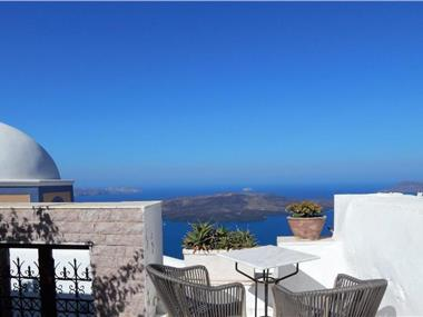 Le Petit Greek, hotels in Fira