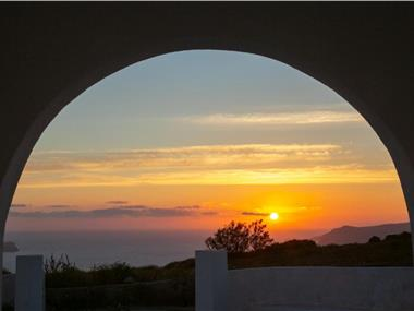Caldera Sunset Villa, hotels in Megalochori