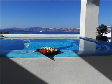 Black Diamond Suites, hotels in Akrotiri