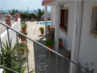 Villa Koronios, hotels in Fira