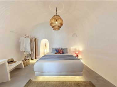 White Cave by Caldera Houses, hotels in Oia