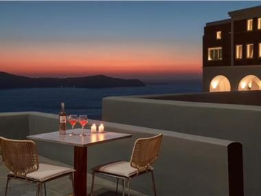 Villa Dusk & Dawn, hotels in Fira