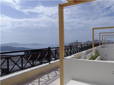 IfestAu.4 Suites, hotels in Fira