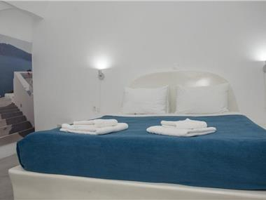 Corrado Caldera Apartments, hotels in Fira