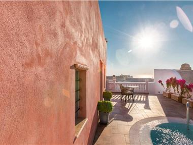 TRAMONTO SECRET VILLAS, hotels in Oia